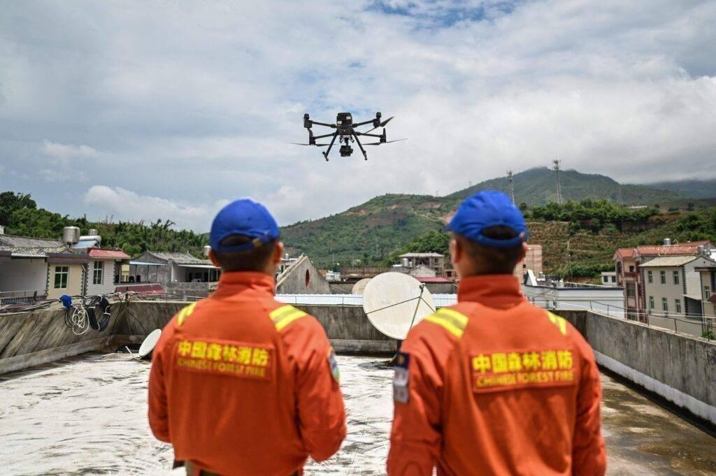 Elefántcsorda drónos megfigyelés